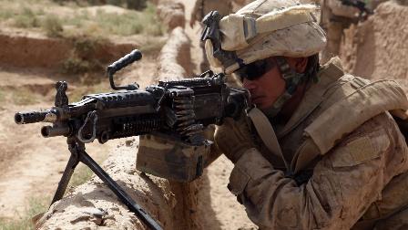 """美军士兵在阿富汗-头盔视角-实弹作战""""训练"""""""
