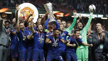 博格巴姆希塔良进球 曼联2-0阿贾克斯首夺欧联冠军