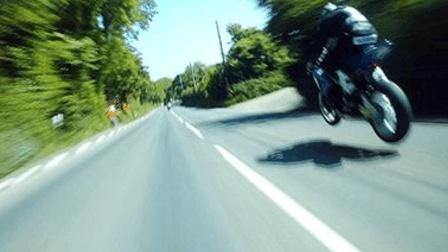 酷玩运动71: 曼岛TT飚车党神级超车 K天王无氧速攀珠峰