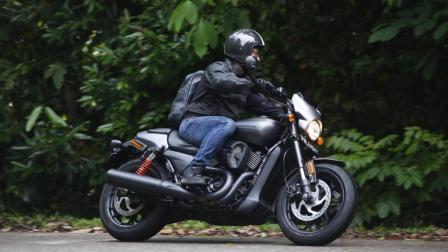 《Going》哈雷Street Rod 750 新加坡暴晒试骑! 惊喜连连!