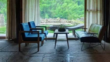 杭州一家三口,卖了2套房,在荒村盖了家民宿