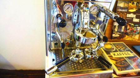 【大白 Vlog】迪拜的咖啡机是有多奢华(下) 032