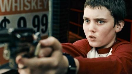 【看电影】熊孩子射伤父亲后逃走, 看保罗如何收拾烂摊子#大鱼FUN制造