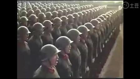 1984年邓小平指挥国庆大阅兵 充满杀气