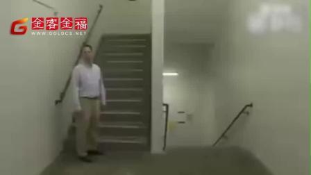 大家感受一下 罗切斯特理工大学的这个 新 楼梯