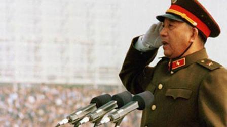 建国35周年国庆大阅兵总指挥秦基伟将军 解放战争时期履历