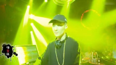 一首DJ《孤独的时候我又想起你 》 听着听着就哭了