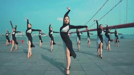 拉丁舞的腿部要求有那些?