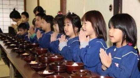 为什么日本人吃饭前要说一句 我开动了 看完涨知识