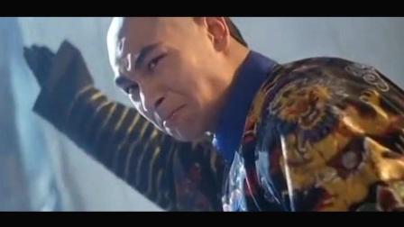 方世玉: 俩个武术宗师对打, 赵文卓拿长棍欺负李连杰图片