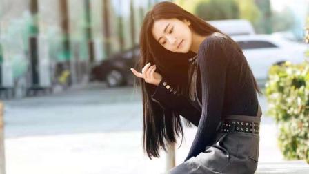 美女演员梁骞最新的一组时尚写真 清纯靓丽耐人