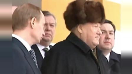 普京入主克里姆林宫, 交接核手提箱, 叶利钦动情落泪