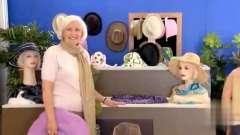 国外恶搞视频 , 这个模特怎么会动! 吓死宝宝了