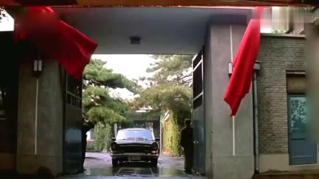 大阅兵当天 小平同志乘坐的红旗专车 纯纯的国产