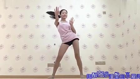 大长腿美女大秀广场舞, 歌好听舞也美太赞了, 简单易学哦