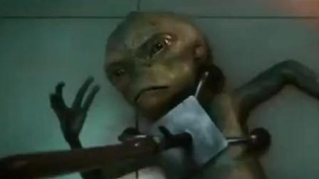 疯狂外星人:沈腾和外星人喝酒吃火锅,这个小怪物是徐峥吗?