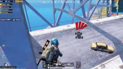 刺激战场:两个敌人想堵桥,殊不知老撕鸡已经在桥上等候多时了!