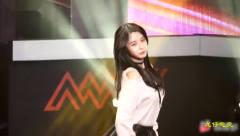 韩国女团长腿美女热舞,人美声甜身材好!