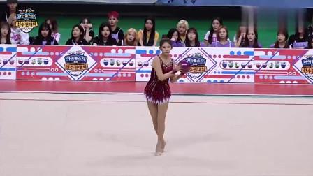 """韩国美女演出饭拍,在台上仿佛一只""""精灵"""","""