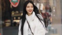 杭州街拍瞬间:一身仙女范儿的女神,气质不输明星