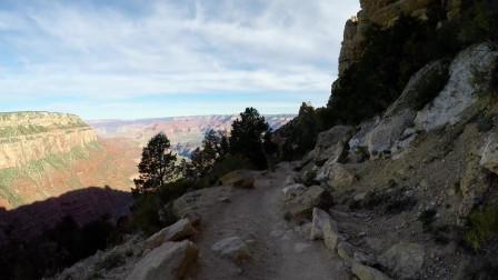 享受大自然第二十七期,漫步在山上进行登山运