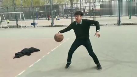 这可能是模仿蔡徐坤打篮球最真实的视频