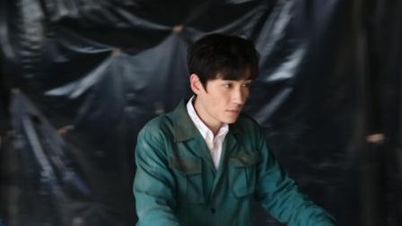 《盗墓笔记重启》探班 朱一龙自称成熟男人