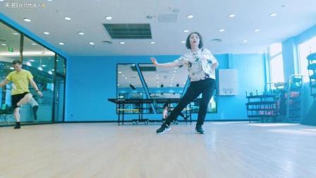 学跳舞的瓶颈期如何度过?