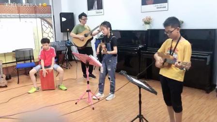 天音音乐艺术中心学员小组合排练