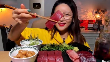 韩国美女大胃王,开口就吃极品生鱼块,国内主