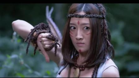 美女展开反击之战,先打草惊蛇将敌人引到自己