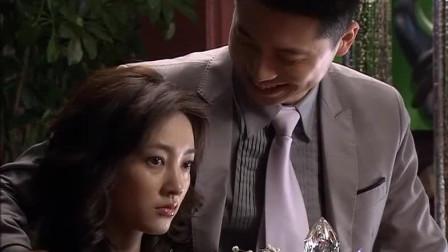 厚脸皮小伙追求美女,用上海话告白,遭美女吐