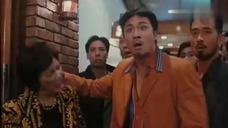 古惑仔山鸡办事最讲道理!靓坤炸陈浩南的酒吧
