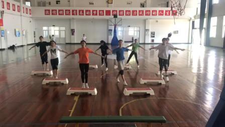 体育系排练运动会的舞蹈,真的是厉害了,还有