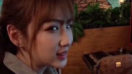 搞笑视频:你这么优秀为什么就看上我了呢?