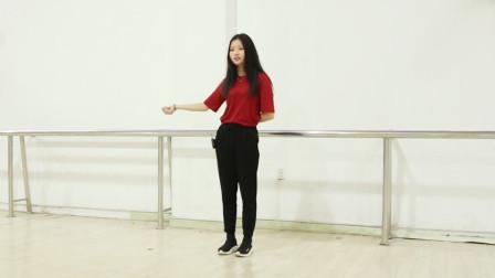 漂亮小姐姐教你学跳舞,抖音超火泫雅舞蹈,慢动作教学