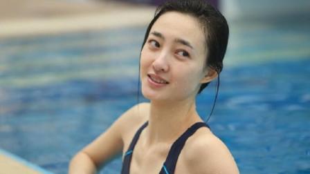 """韩国美女运动员,赛场上演""""炸鱼""""一跳,教练"""