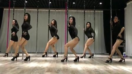 长腿姐姐们跳钢管舞,节奏动感,舞姿迷人,真