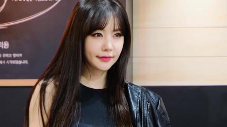 2019韩国首尔车展 精干的女骑手