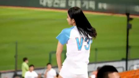 韩国棒球美女啦啦队,气质高雅清纯,一眼看去