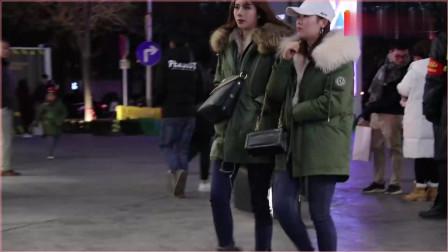 摄影:三里屯街拍,北京的时尚小姐姐,冬天逛街搭配的好看又时尚