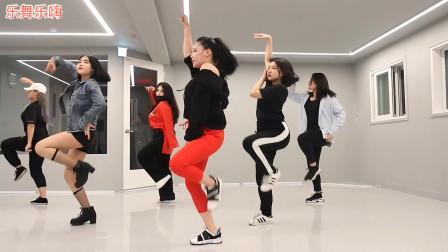 韩国美女们练习室翻跳女团MAMAMOO的《gogobebe》