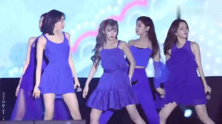 韩国美女姐姐舞台饭拍, 突然笑起来太可爱了, 突
