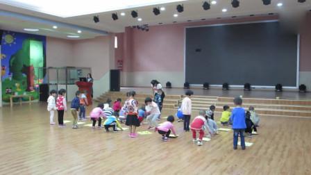 幼儿园中班体育活动热身运动!小家伙个个兴奋的不得了