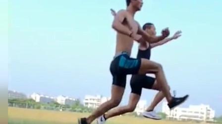 体育生踩空气,一个太空漫步,一个太空跑步,
