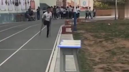 """17岁少年""""跳""""完中考体育1000米 监考破例给满分"""