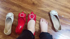 美女脚模的生活自拍:喜欢高跟鞋给的高傲,可