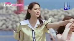 韩国综艺:梁世灿和小美女腿里夹着气球行走,