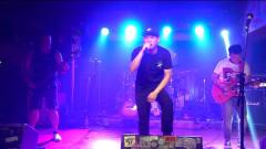 西安乐队演绎摇滚原创音乐《爆裂少年》