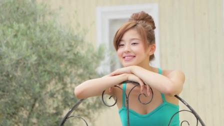 日本模特朝比奈彩甜美写真拍摄花絮,可爱的样
